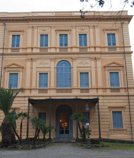 <p>Villa Mimbelli torna a risplendere nelle sua imponenza storico architettonica</p>