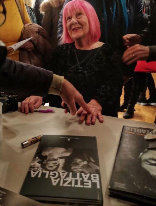 """""""Letizia Battaglia"""", il video realizzato in occasione della mostra ai Granai"""