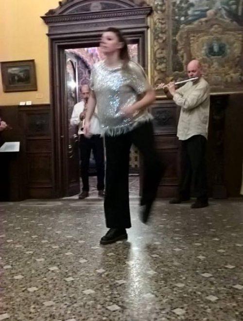 Danza, musica e nuove luci trasformano gli spazi del Museo Fattori. L'incanto dei Racconti di Altre Danze